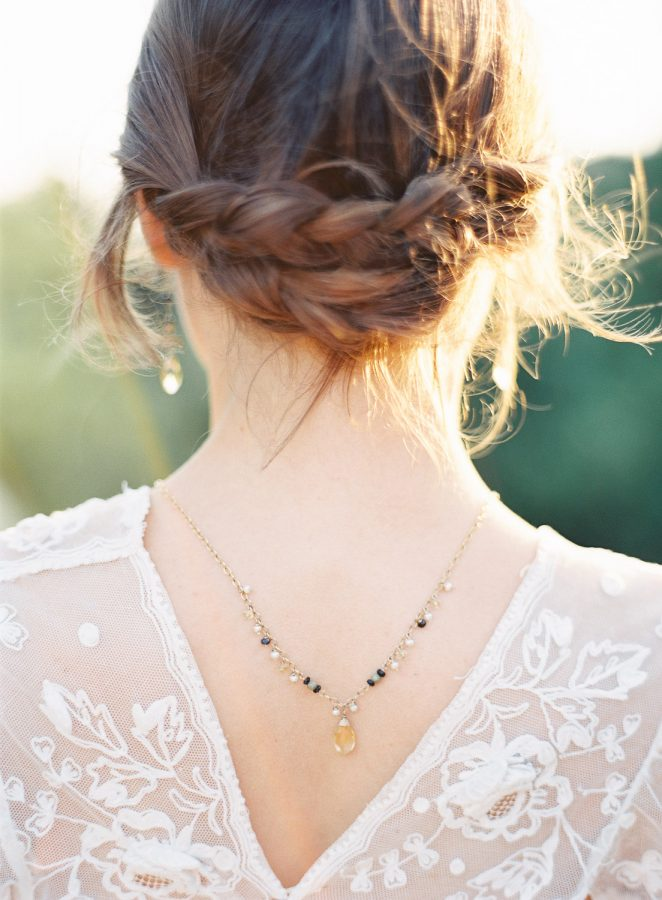 French Wedding jewelry with pearl and godiva