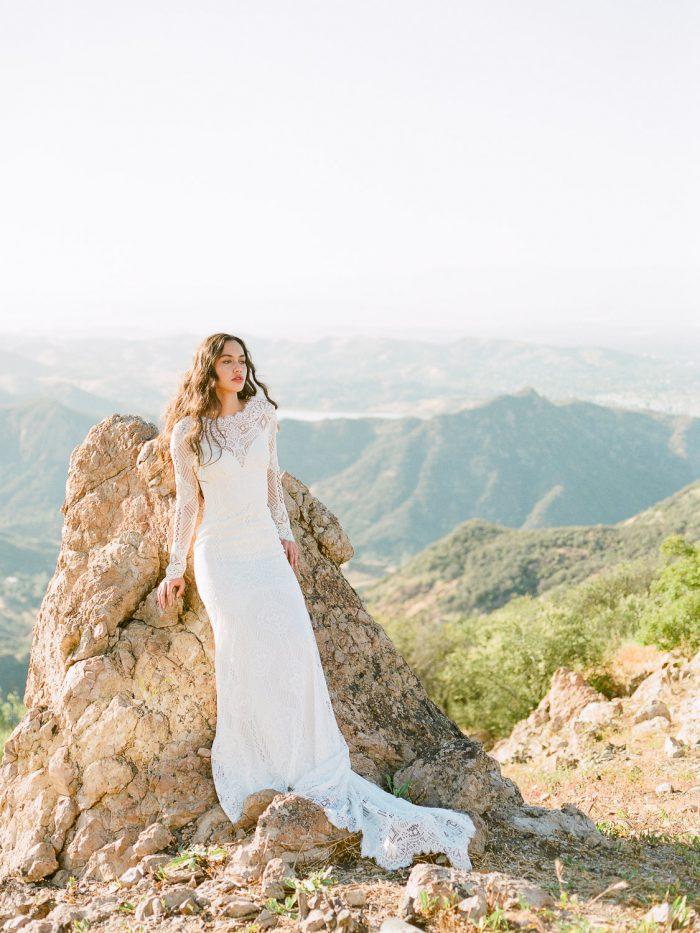 Modern Bride at Malibu Rocky Oaks Wedding Venue
